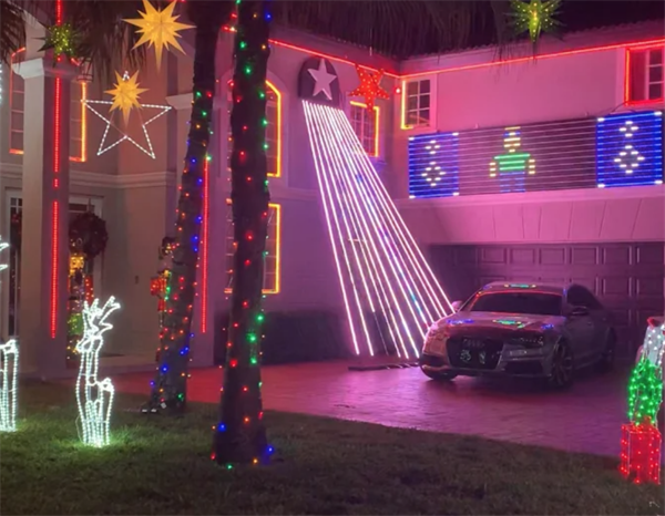 Miami Lakes 2020 Holiday Home Decorating Contest