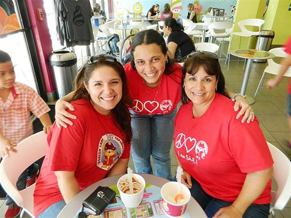 Menchie's of Miami Lakes joins Spanish Lake Elementary in Dade Partners program